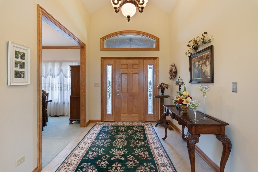 Real Estate Photography - 2029 W. Church Road, Beecher, IL, 60401 - Foyer