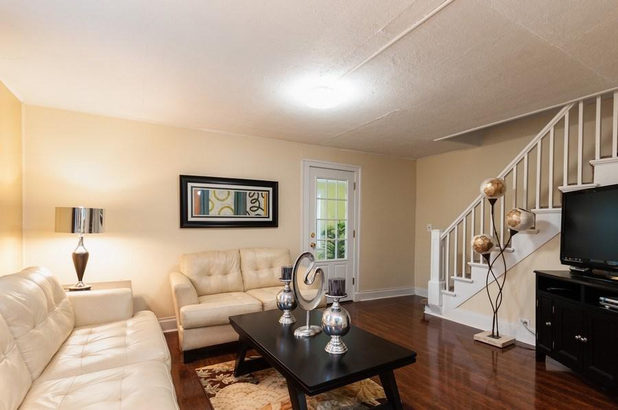 Real Estate Photography - 313 Lake St, Waukegan, IL, 60085 - Living Room