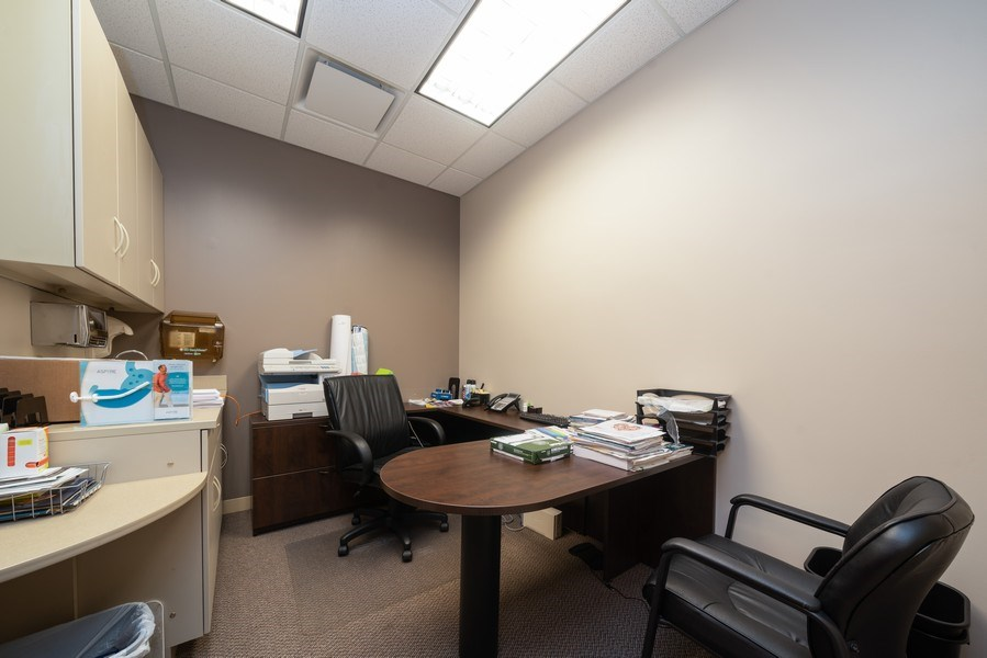 Real Estate Photography - 2424 W Indian Trail, Suite B, Aurora, IL, 60506 - Office