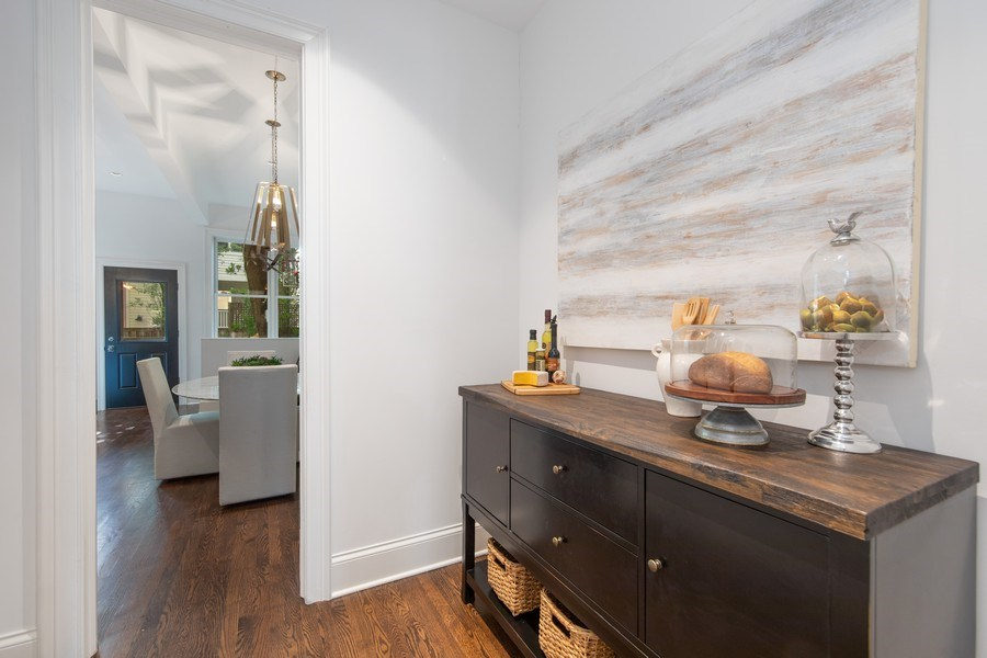 Real Estate Photography - 1708 N Sedgwick, Chicago, IL, 60614 - Butler's pantry