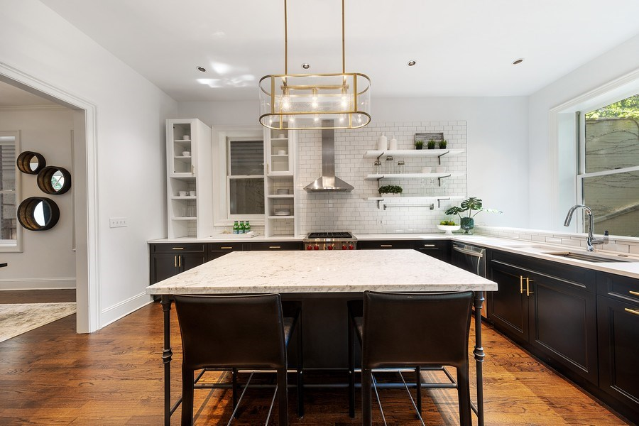 Real Estate Photography - 1708 N Sedgwick, Chicago, IL, 60614 - Kitchen