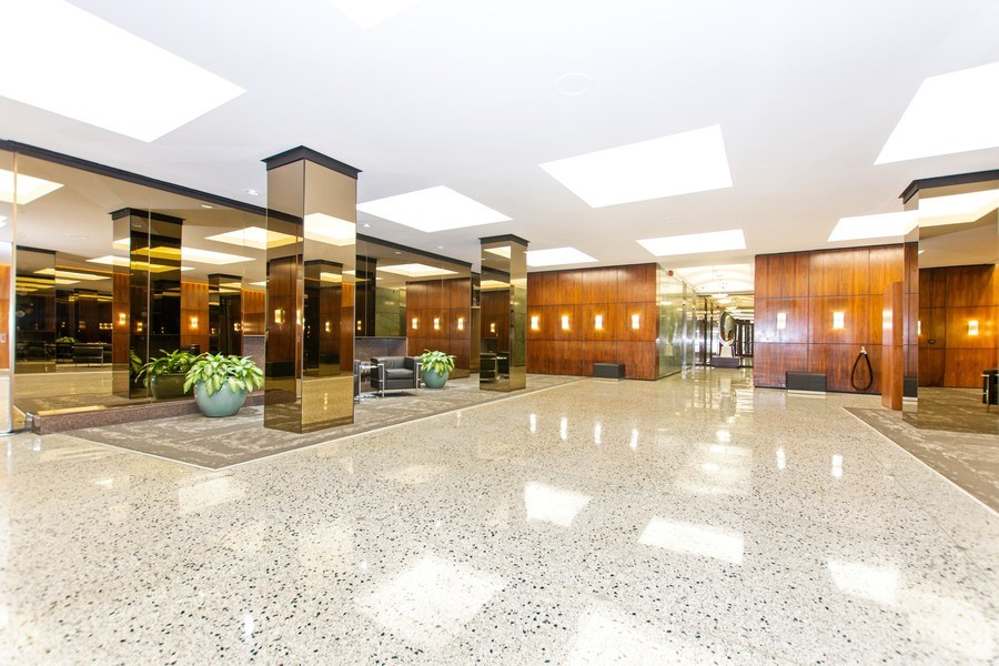Real Estate Photography - 535 N Michigan Avenue, 510, Chicago, IL, 60611 - Lobby