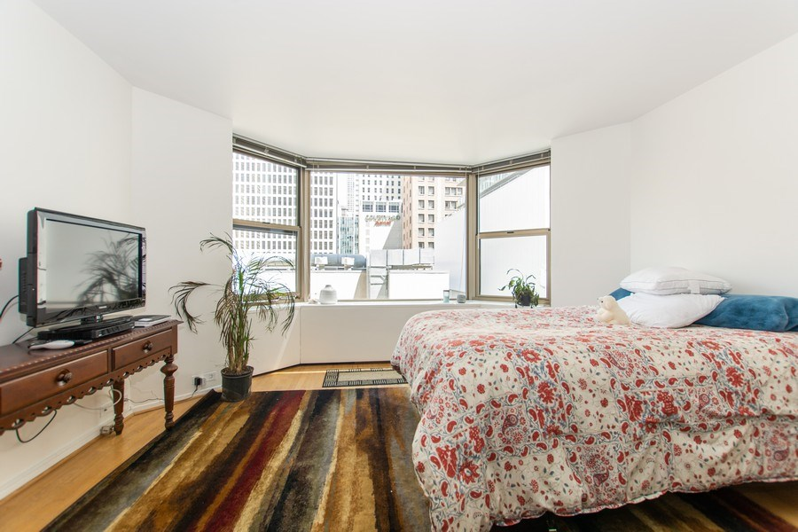 Real Estate Photography - 535 N Michigan Avenue, 510, Chicago, IL, 60611 - Master Bedroom