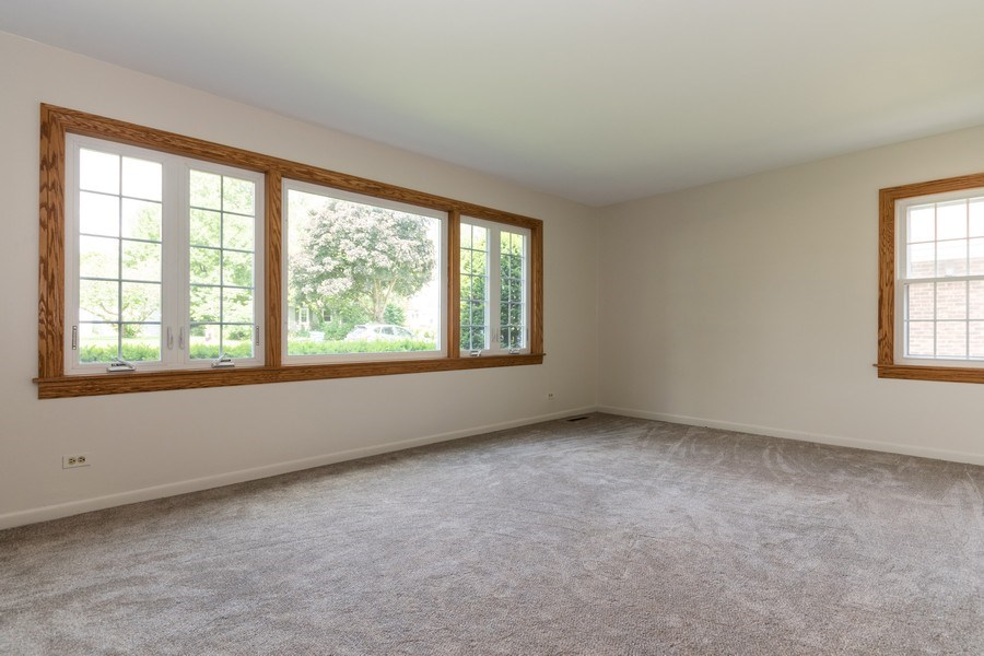 Real Estate Photography - 321 N. Spruce, Bensenville, IL, 60106 - Living Room