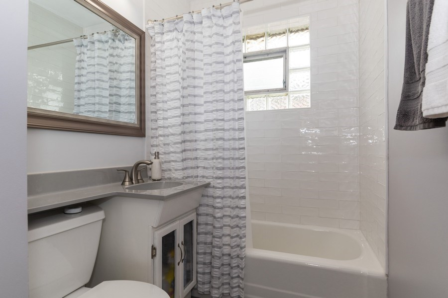 Real Estate Photography - 321 N. Spruce, Bensenville, IL, 60106 - Bathroom