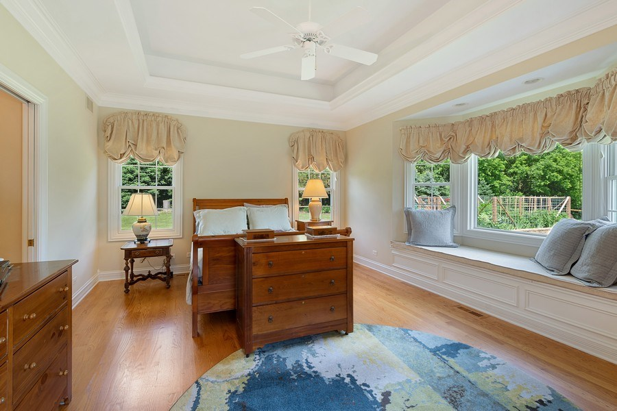 Real Estate Photography - 104 Cherry Hill, N Barrington, IL, 60010 - Master Bedroom