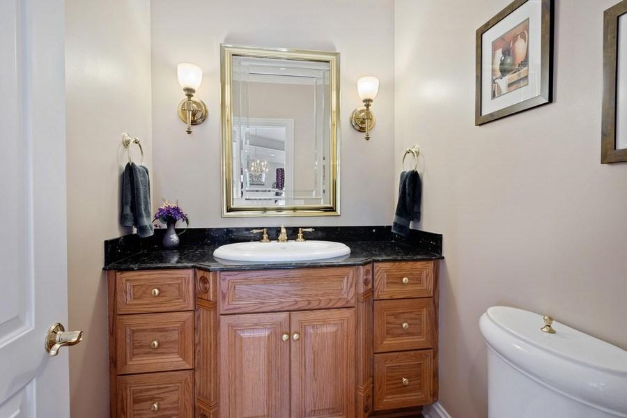 Real Estate Photography - 104 Cherry Hill, N Barrington, IL, 60010 - Powder Room