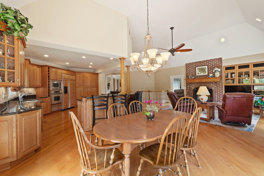 Real Estate Photography - 104 Cherry Hill, N Barrington, IL, 60010 - Breakfast Area