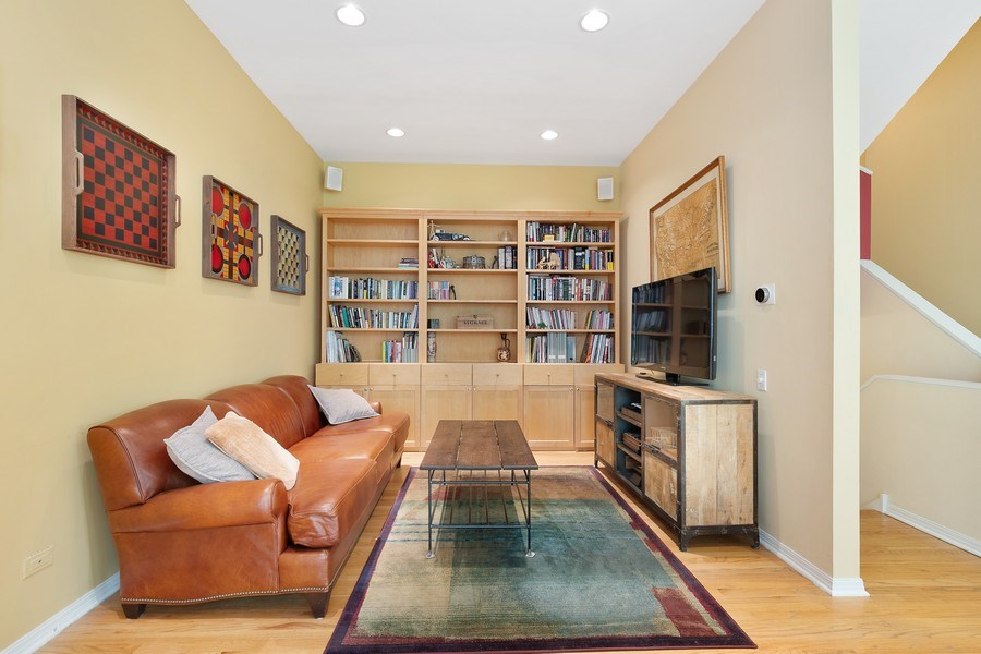 Real Estate Photography - 1445 N Cleveland Ave, Unit B, Chicago, IL, 60610 - Living Room