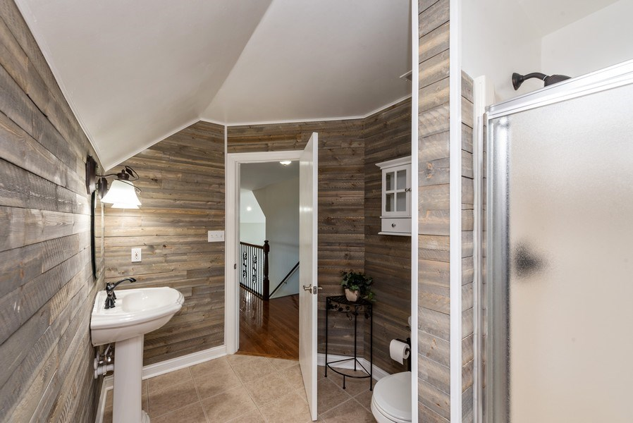 Real Estate Photography - 11068 Oregon Lane, crown point, IN, 46307 - 3rd Bathroom
