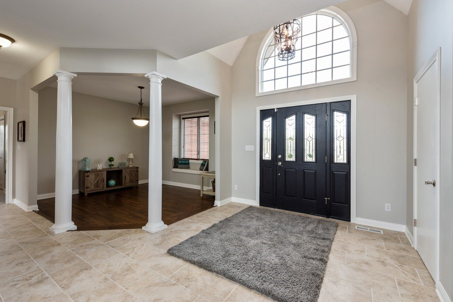 Real Estate Photography - 11068 Oregon Lane, crown point, IN, 46307 - Foyer/Dining Room