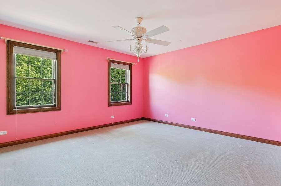 Real Estate Photography - 462 W Oakwood Dr, Barrington, IL, 60010 - 2nd Bedroom