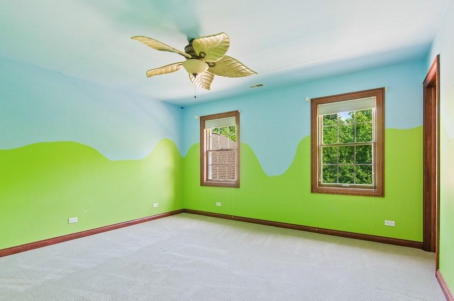 Real Estate Photography - 462 W Oakwood Dr, Barrington, IL, 60010 - 3rd Bedroom