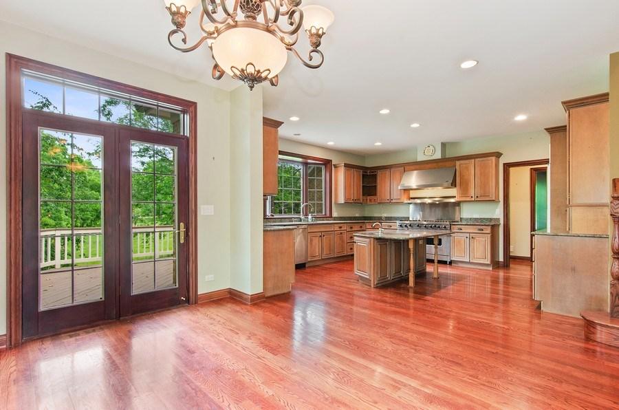 Real Estate Photography - 462 W Oakwood Dr, Barrington, IL, 60010 -
