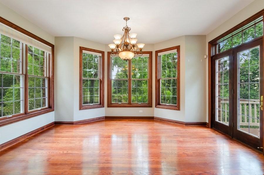 Real Estate Photography - 462 W Oakwood Dr, Barrington, IL, 60010 - Breakfast Area