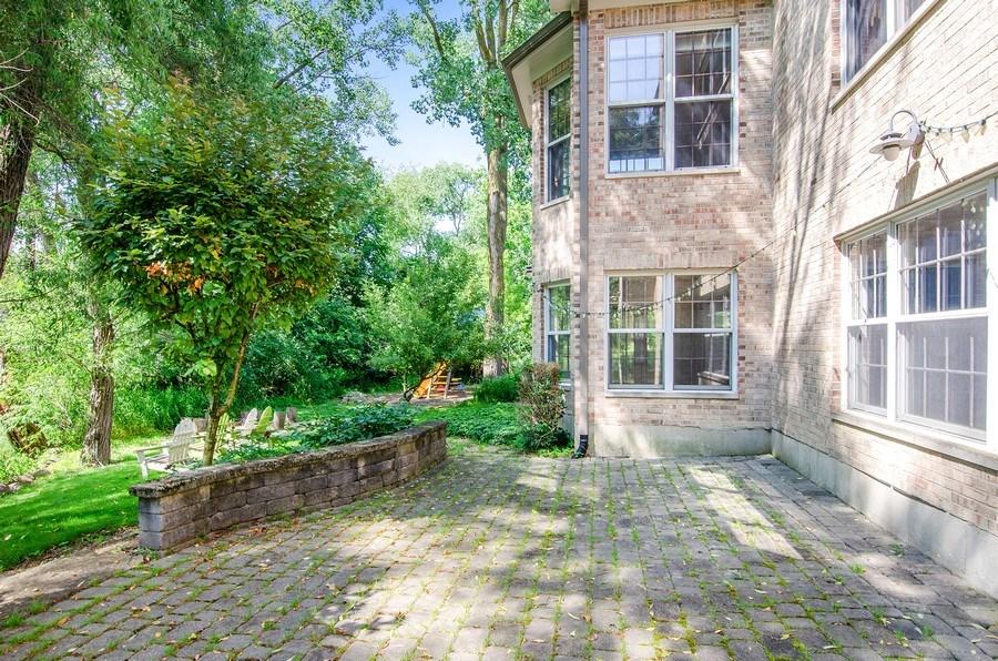 Real Estate Photography - 462 W Oakwood Dr, Barrington, IL, 60010 - Patio