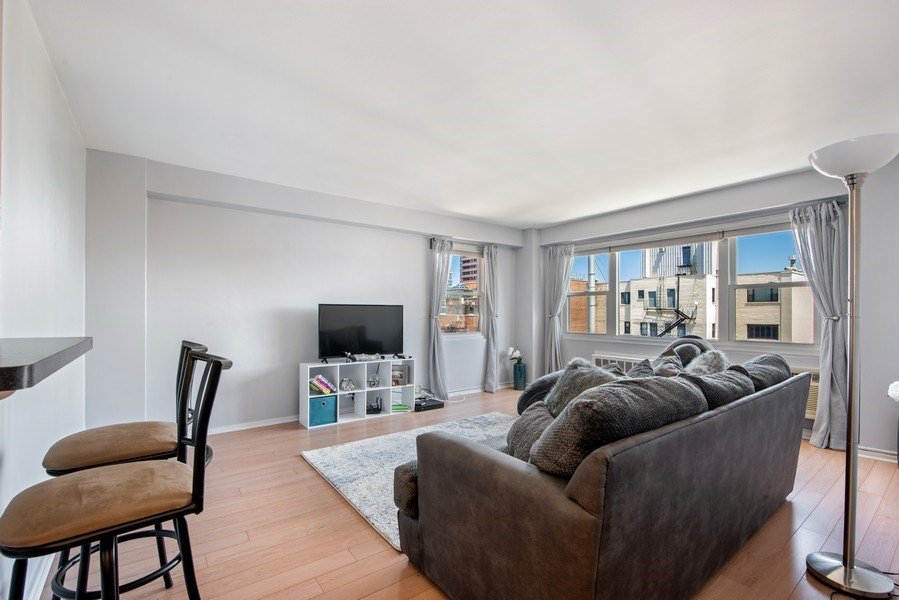 Real Estate Photography - 2909 N Sheridan, Unit 1608, Chicago, IL, 60657 - Living Room