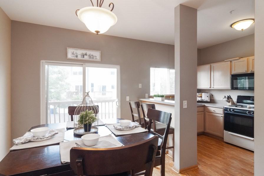 Real Estate Photography - 1361 Chestnut Ln, Yorkville, IL, 60101 - Kitchen / Breakfast Room