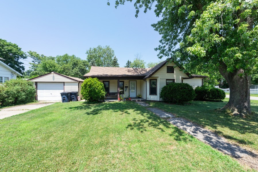 Real Estate Photography - 120 Francis St., Mighigan City, IN, 46360 - Front View