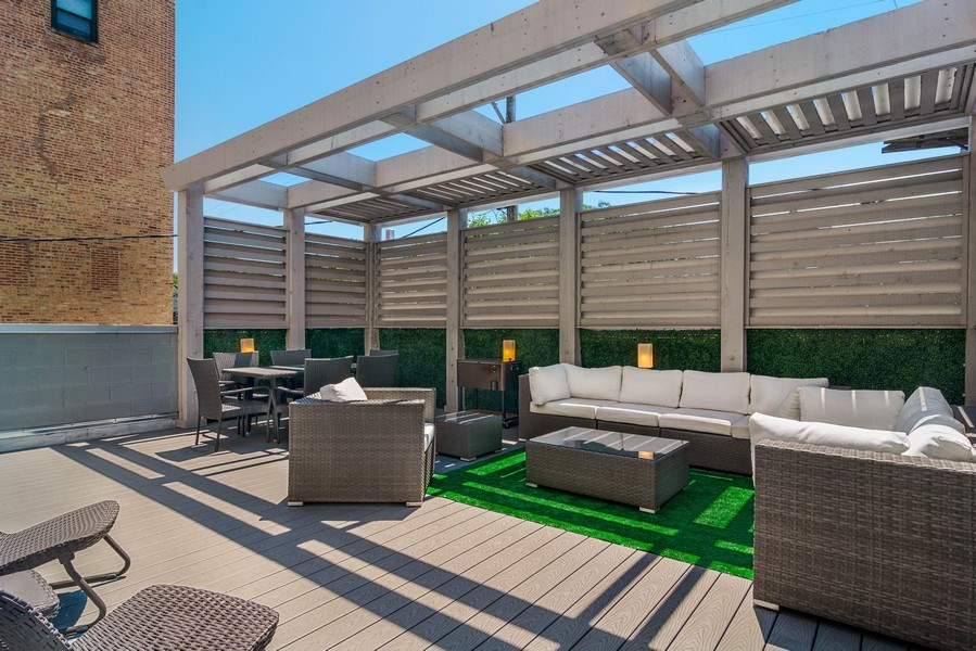 Real Estate Photography - 2027 W Belmont Ave #1, Chicago, IL, 60618 - Roof Deck