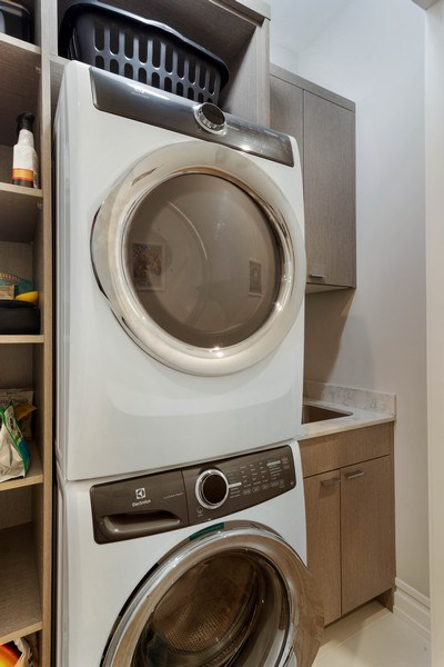 Real Estate Photography - 2027 W Belmont Ave #1, Chicago, IL, 60618 - Laundry Room