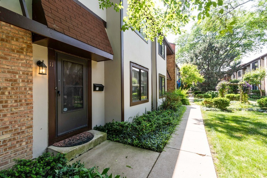 Real Estate Photography - 1734 Henley St., #11, Glenview, IL, 60025 - Front View