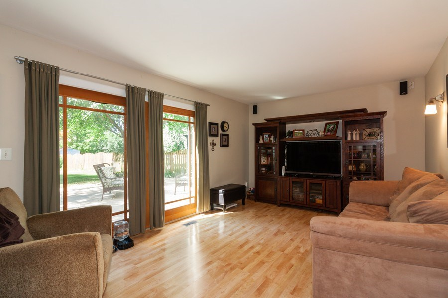 Real Estate Photography - 3632 Princeton Ave, Aurora, IL, 60504 - Family Room