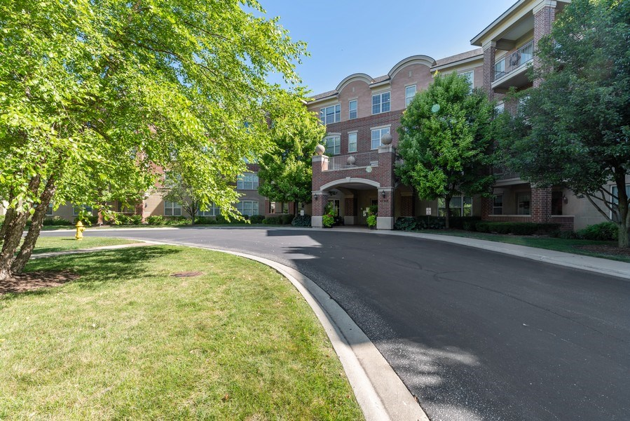 Real Estate Photography - 2700 Summit Dr, Unit 312, Glenview, IL, 60025 - Front View