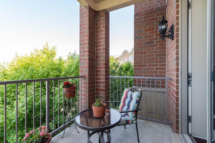 Real Estate Photography - 2700 Summit Dr, Unit 312, Glenview, IL, 60025 - Balcony