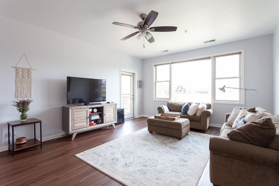 Real Estate Photography - 930 Curtis St., Unit 309, Downers Grove, IL, 60515 - Living Room