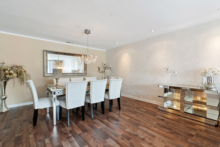 Real Estate Photography - 7601 N Lincoln, Skokie, IL, 60077 - Dining Room