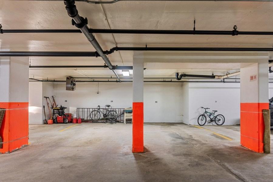 Real Estate Photography - 7601 N Lincoln, Skokie, IL, 60077 - Garage