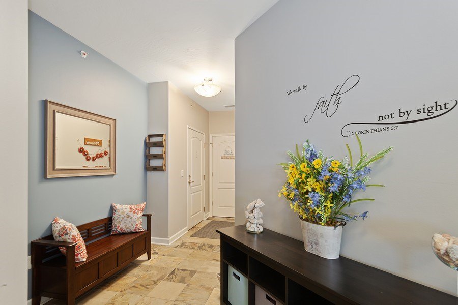 Real Estate Photography - 1619 N Farwell Ave, 309, Milwaukee, WI, 53202 - Foyer