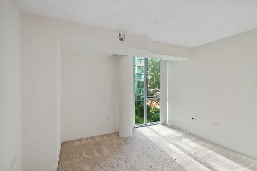 Real Estate Photography - 3115 S Michigan Unit 203, Chicago, IL, 60616 - 2nd Bedroom