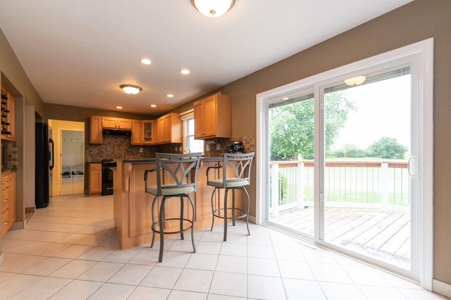 Real Estate Photography - 18761 Spring Creek Street, New Lenox, IL, 60451 - Kitchen
