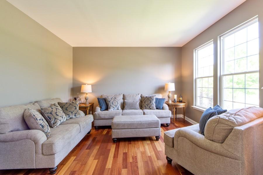 Real Estate Photography - 741 Brighton Cir, Barrington, IL, 60010 - Living Room