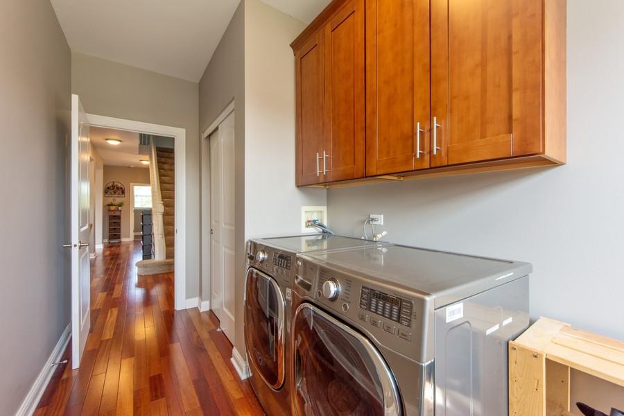 Real Estate Photography - 741 Brighton Cir, Barrington, IL, 60010 - Mudroom/Laundry Room