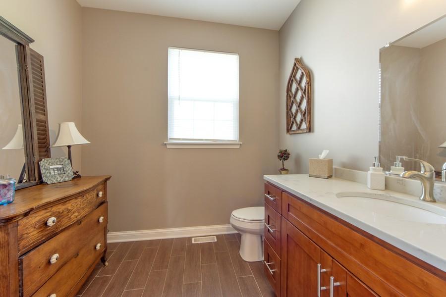 Real Estate Photography - 741 Brighton Cir, Barrington, IL, 60010 - Powder Room