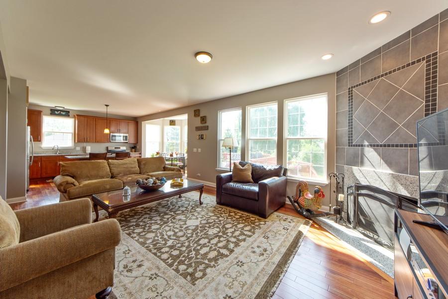 Real Estate Photography - 741 Brighton Cir, Barrington, IL, 60010 - Family Room