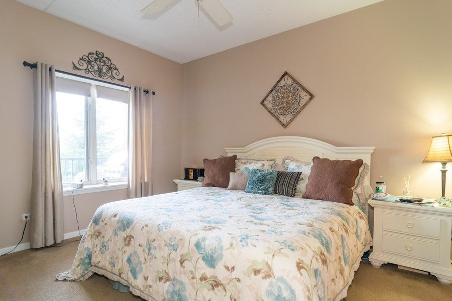 Real Estate Photography - 845 E 22nd St, unit 206, Lombard, IL, 60148 - Master Bedroom