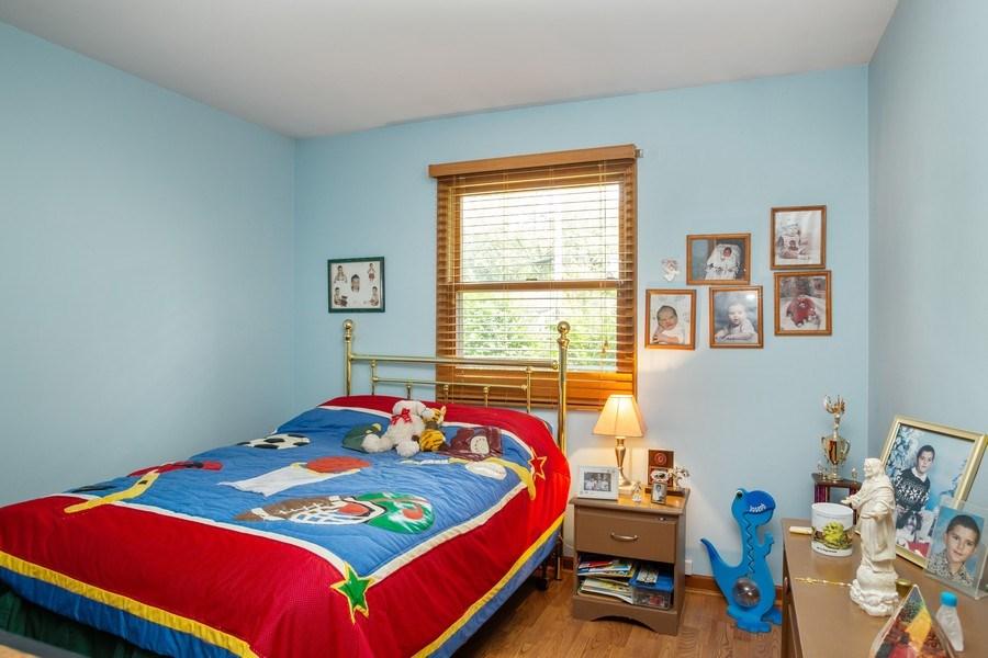 Real Estate Photography - 648 W. Eggerding, Addison, IL, 60101 - 2nd Bedroom