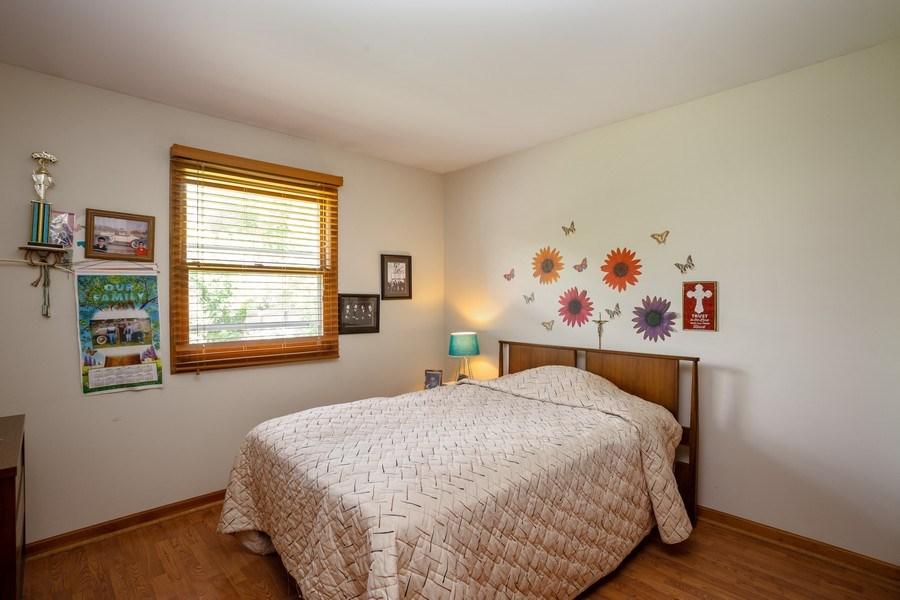 Real Estate Photography - 648 W. Eggerding, Addison, IL, 60101 - Bedroom