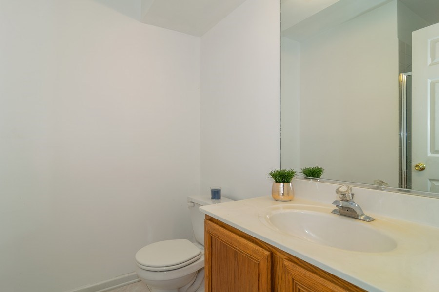 Real Estate Photography - 2020 Hollywood Ct, Hanover Park, IL, 60133 - 2nd Bathroom