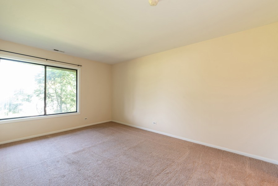 Real Estate Photography - 1365 C Sterling #212, Palatine, IL, 60067 - Master Bedroom