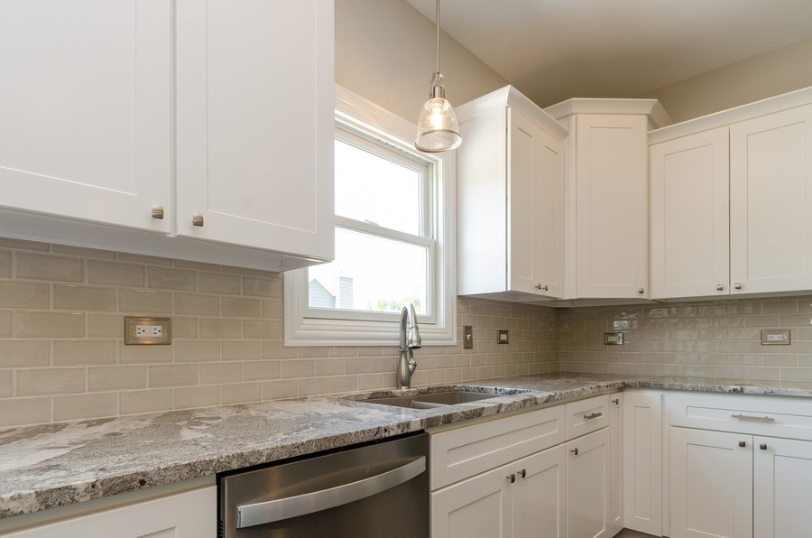 Real Estate Photography - 1987 Louis Drive, Crown Point, IN, 46307 - Kitchen