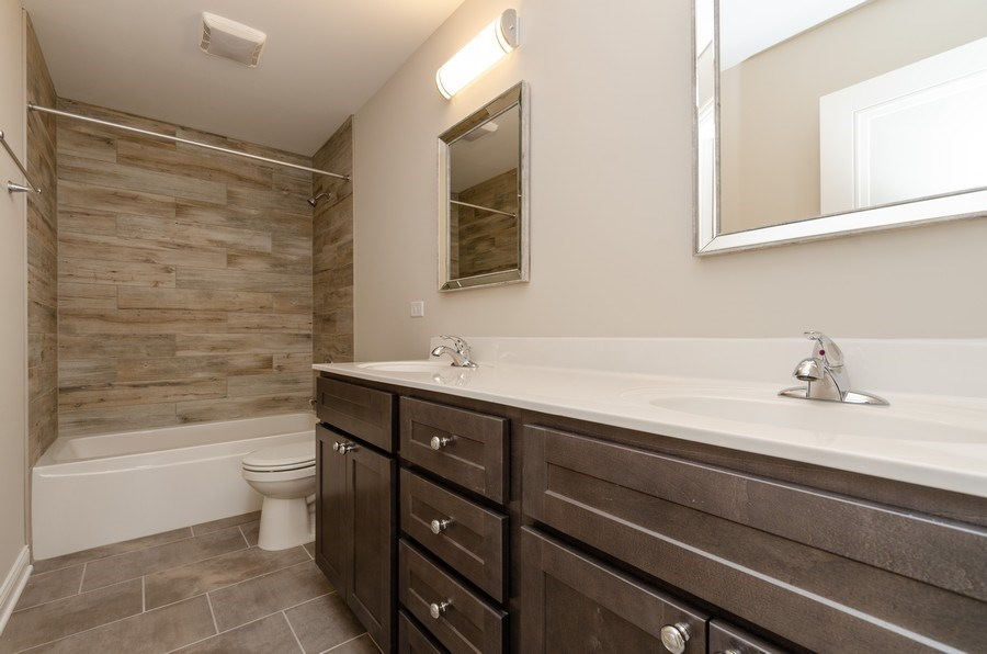 Real Estate Photography - 1987 Louis Drive, Crown Point, IN, 46307 - Bathroom