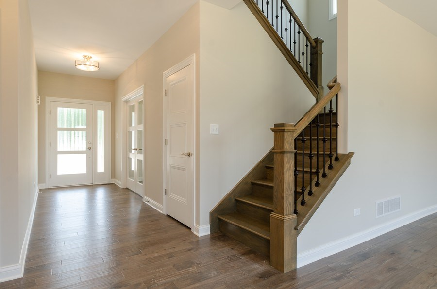 Real Estate Photography - 1987 Louis Drive, Crown Point, IN, 46307 - Entryway