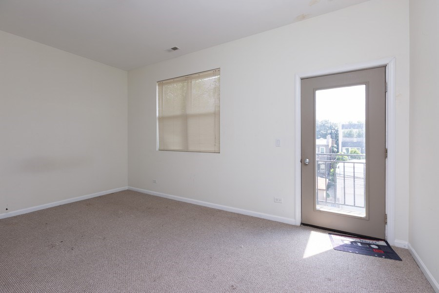 Real Estate Photography - 1633 N. Western-#2N, Chicago, IL, 60647 - Master Bedroom