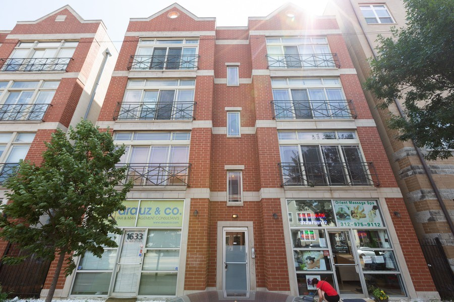 Real Estate Photography - 1633 N. Western-#2N, Chicago, IL, 60647 - Front View