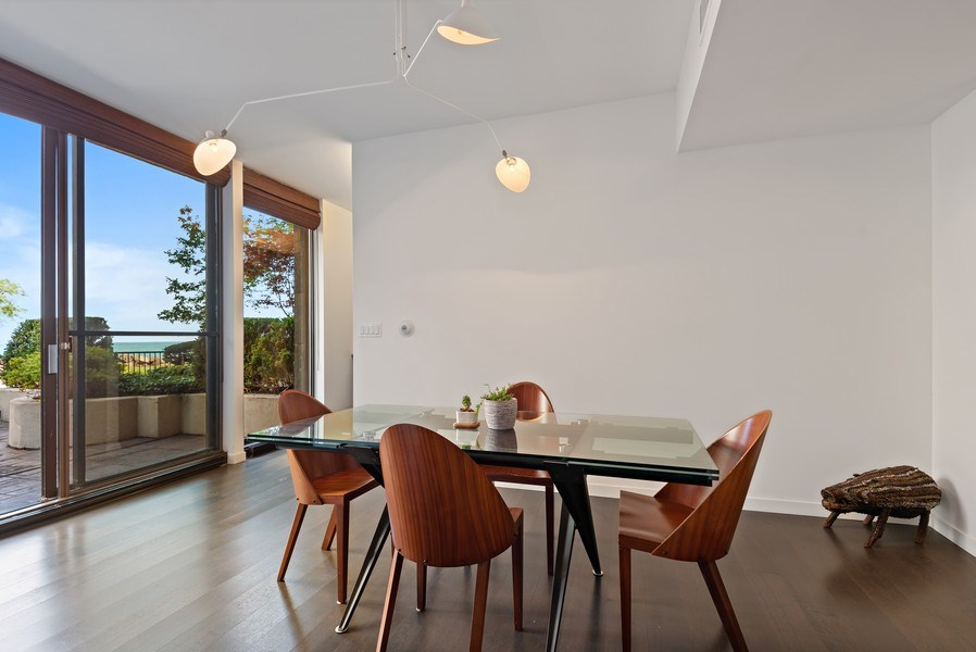 Real Estate Photography - 1420 Sheridan #1I, Wilmette, IL, 60091 - Dining Room